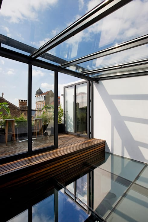 Terrazas de estilo  por VORTEX atelier d'architecture