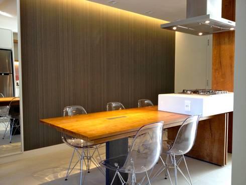 Gourmet:   por Emerson Penso Arquitetura e Interiores