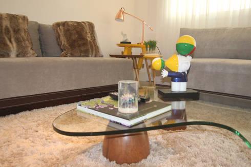 Residência Bacelar : Salas de estar modernas por Ana Carolina Cardoso Arquitetura e Design