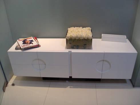 SPA- Muebles : Spa de estilo moderno por Mako laboratorio