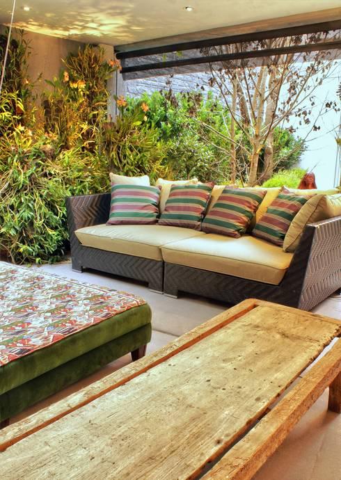 PROJ. ARQ. SUSANA NEDEL: Jardins de inverno modernos por BRAESCHER FOTOGRAFIA