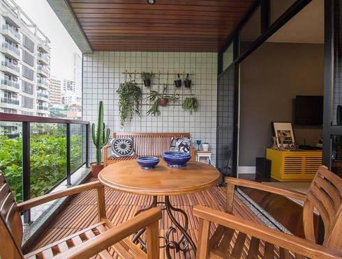 Apartamento Leblon: Terraços  por Duplex Interiores