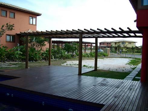 Jardim Residencial – Sauípe BA: Jardins tropicais por Proflora