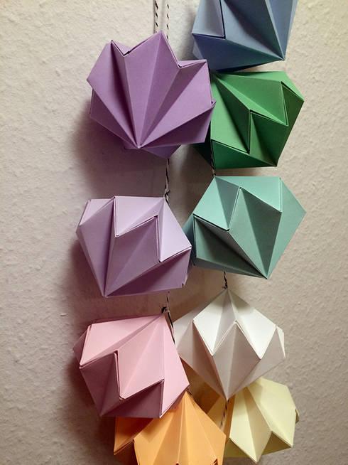 Origami Girlande Regenbogen Von Faltblatt Homify