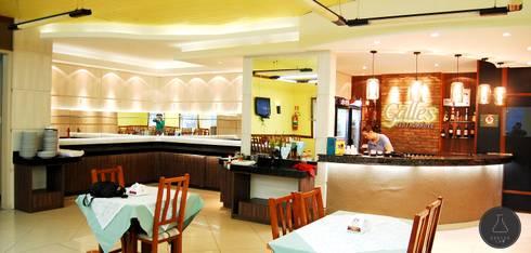 Buffet e Bar Restaurante: Bares e clubes  por EDW Design de Interiores | LightDesign