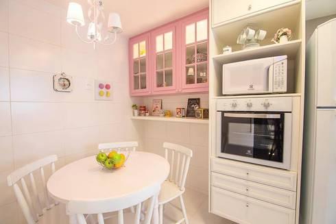Cobertura Recreio dos Bandeirantes- RJ: Cozinhas modernas por Duplex Interiores