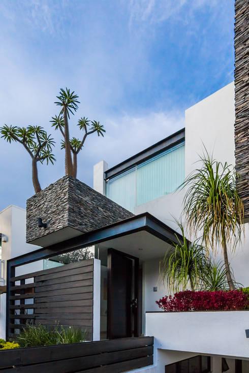 Projekty, nowoczesne Domy zaprojektowane przez aaestudio