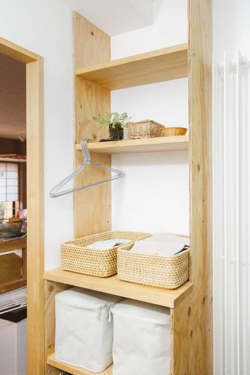 間取りが自由に動かせるマンションリノベーションmaru(マル)シリーズ第1号: すまい研究室 一級建築士事務所が手掛けた浴室です。