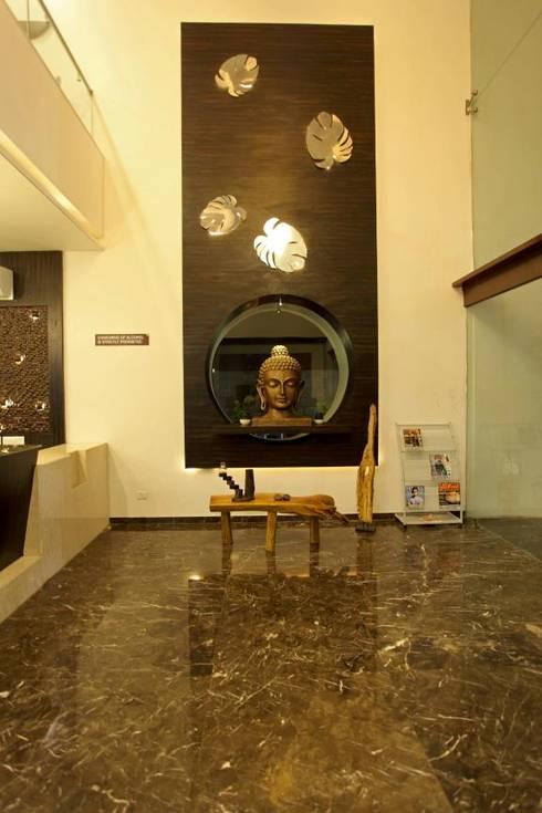 Hotel The Grand Daksh:  Corridor & hallway by RUST the design studio