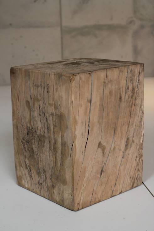 Holzblock wodden block von trees of india homify for Holzklotz als beistelltisch