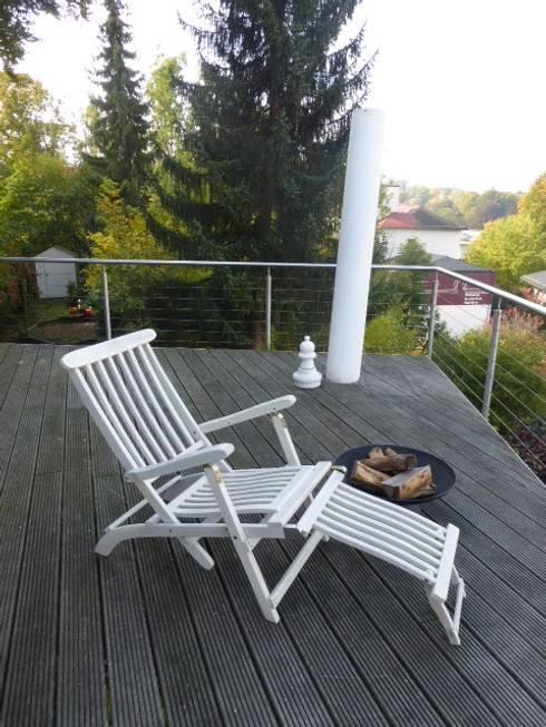 Staging einer Villa zum Verkauf:  Terrasse von Home Staging Gabriela Überla