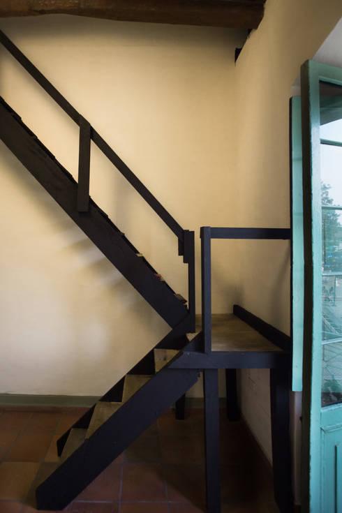 Remodelacíon Oficina con Altillo: Oficinas y Tiendas de estilo  por SDHR Arquitectura