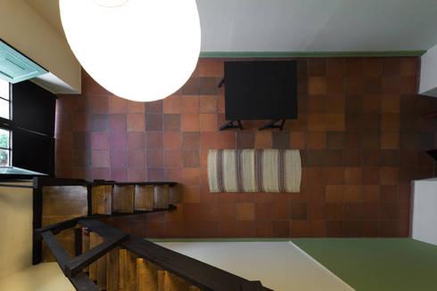 Vista Cenital: Oficinas y Tiendas de estilo  por SDHR Arquitectura