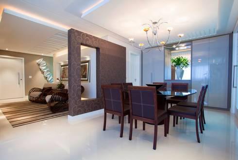 Sala de Jantar: Salas de jantar modernas por Lima.Ramos.Lombardi Arquitetos Associados