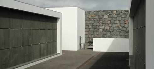 Cemitério do Caniçal, Ilha da Madeira: Jardins modernos por eternamente.pt