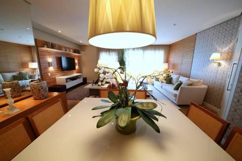 Jardim Marajoara III: Salas de jantar modernas por MeyerCortez arquitetura & design