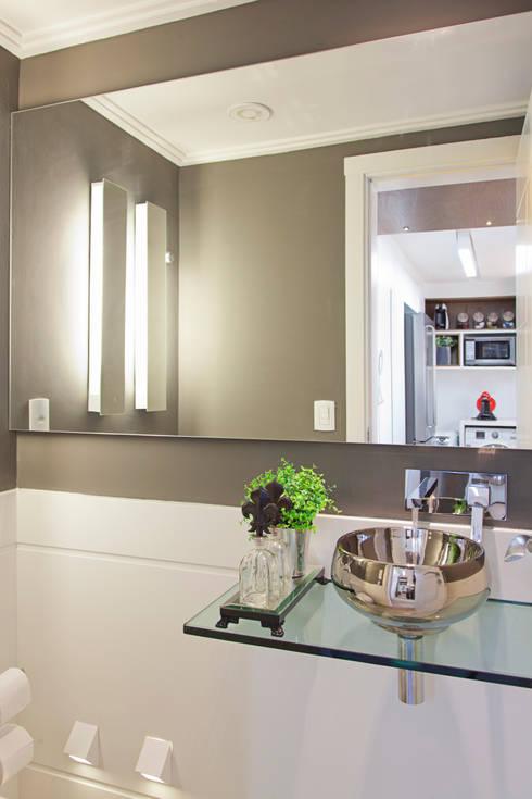 LOFT PORTO ALEGRE: Salas de estar modernas por Joana & Manoela Arquitetura