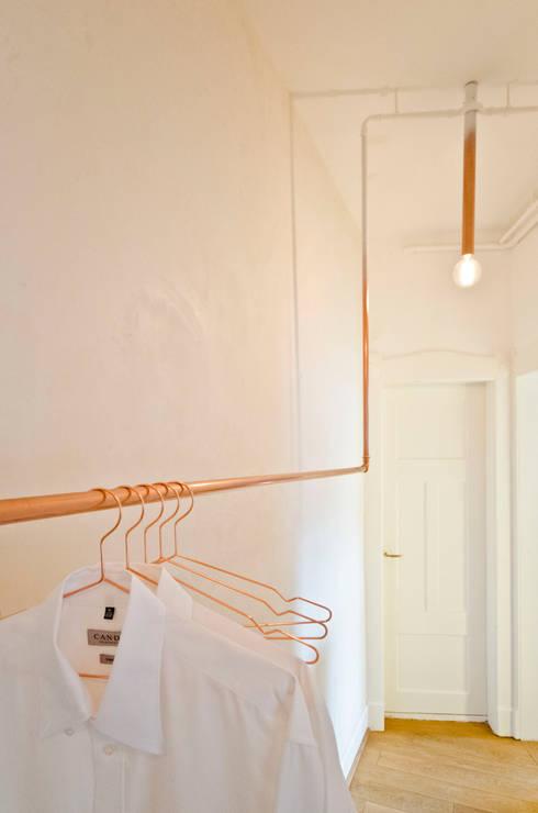Closets modernos por Studio DLF
