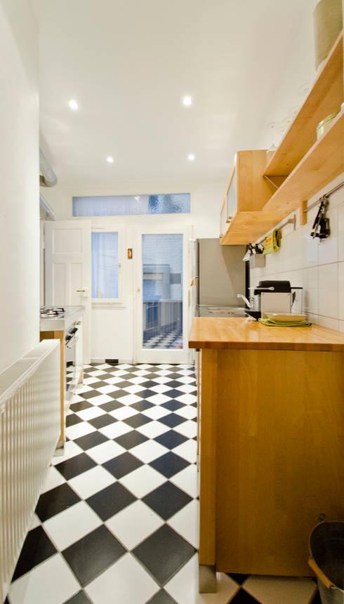 modern Kitchen by Studio DLF