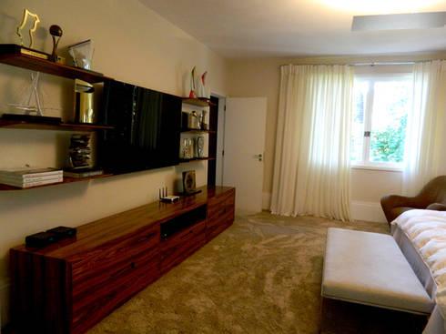 Residência 500m²: Quartos  por Fabiana Rosello Arquitetura e Interiores