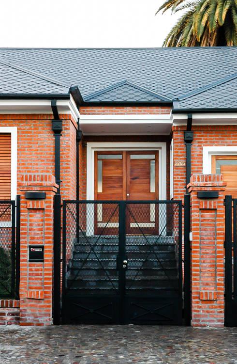 บ้านและที่อยู่อาศัย by Carbone Fernandez Arquitectos