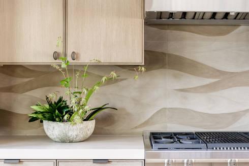 Cozinha em Sausalito: Cozinhas modernas por Antonio Martins Interior Design Inc