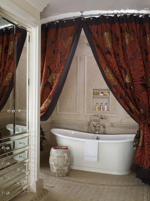 Casa em Nob Hill, Sao Francisco: Casas de banho clássicas por Antonio Martins Interior Design Inc