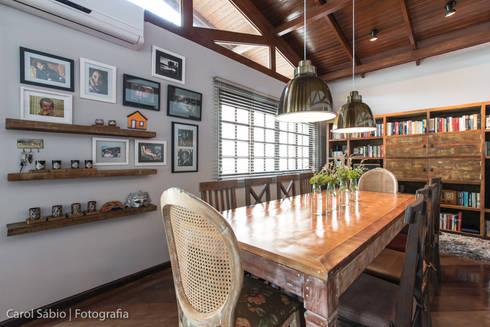 Projeto MF Interiores - Casa de Campo: Salas de jantar campestres por MF Interiores