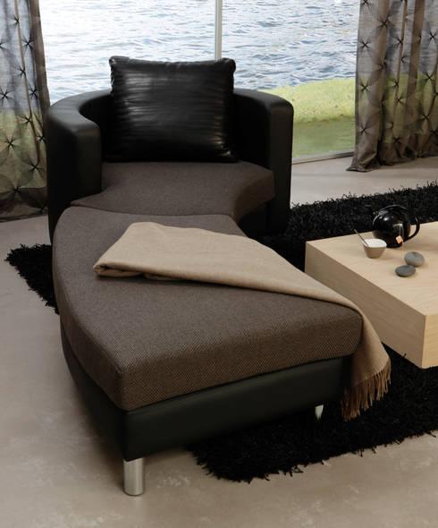 Sala de estar  por Sawazki und Neufeld GbR