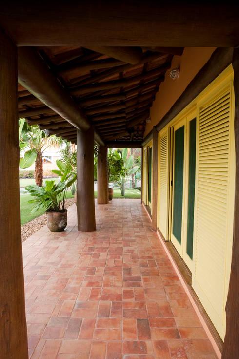 Terrazas de estilo  por MADUEÑO ARQUITETURA & ENGENHARIA