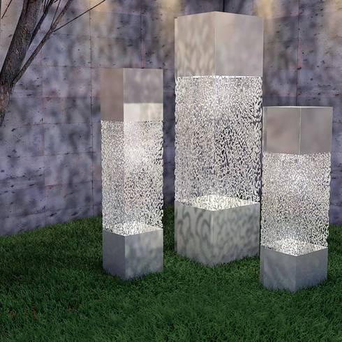Mar Álvarez: Jardines de estilo moderno por Mar Alvarez Studio