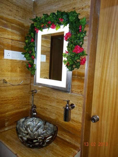 Apartment: modern Bathroom by ANCIENT INTERIO