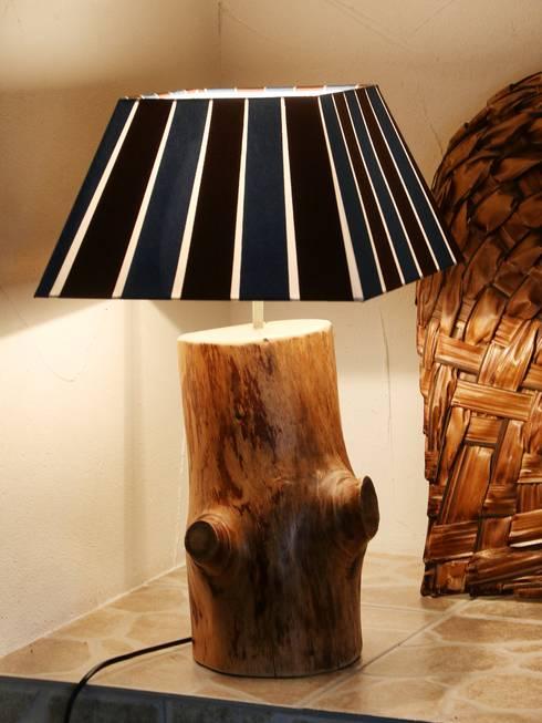 Elegant Lampe Aus Einem Baumstamm Wohnzimmer Von Holzkunst Dupr With Lampe  Baumstamm