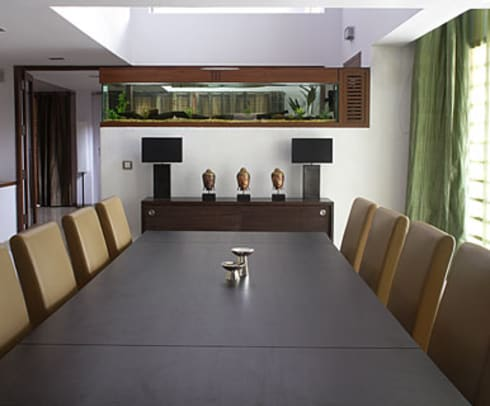 Shanmugham Residence: modern Dining room by Sanctuary