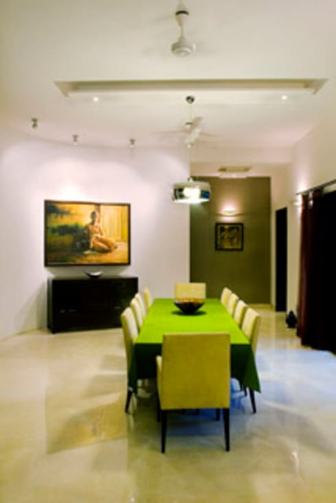 Rakesh Singh Residence: modern Dining room by Sanctuary