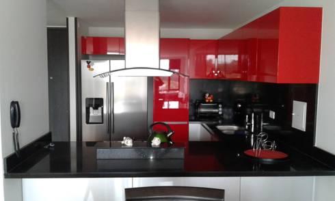 APTO. CEDRITOS - BOGOTA - 2015: Cocinas de estilo moderno por MS - CONSTRUCCIONES MARIO SOTO & Cìa S.A.S.