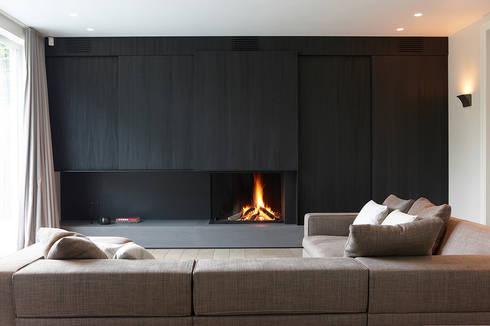 Lareiras Metalfire - Universal Lenha (Sem Vidro): Salas de estar modernas por Biojaq - Comércio e Distribuição de Recuperadores de Calor Lda