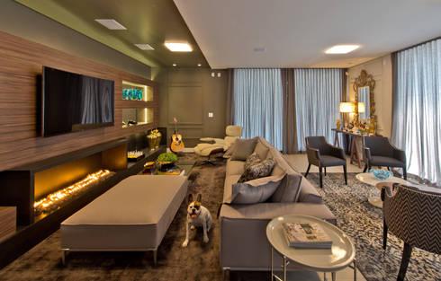 home theater: Salas de estar modernas por Espaço do Traço arquitetura