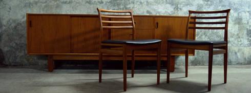 Bramin Teak Sideboard & Erling Torvits   Disponíveis_Available: Salas de estar escandinavas por Retro Wood