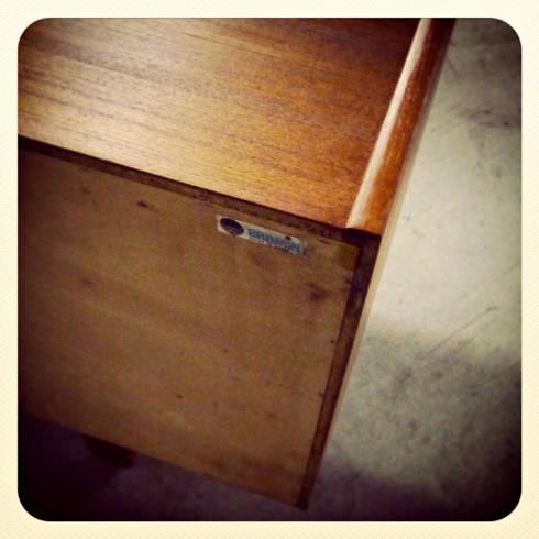 Bramin Teak Sideboard & Erling Torvits   Disponíveis_Available: Sala de jantar  por Retro Wood