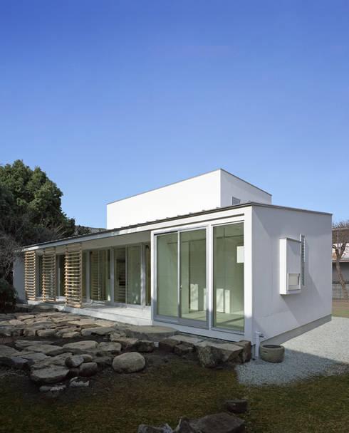 Projekty,  Domy zaprojektowane przez 一級建築士事務所ヒマラヤ(久野啓太郎)