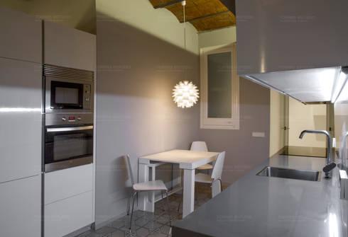 Proyecto de distribución: Cocinas de estilo minimalista de Torres Estudio Arquitectura Interior