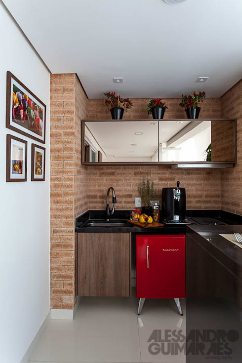 بلكونات وشرفات تنفيذ Martins Valente Arquitetura e Interiores
