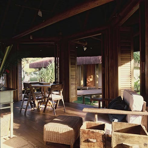 Casa Trancoso: Quartos  por Toninho Noronha Arquitetura