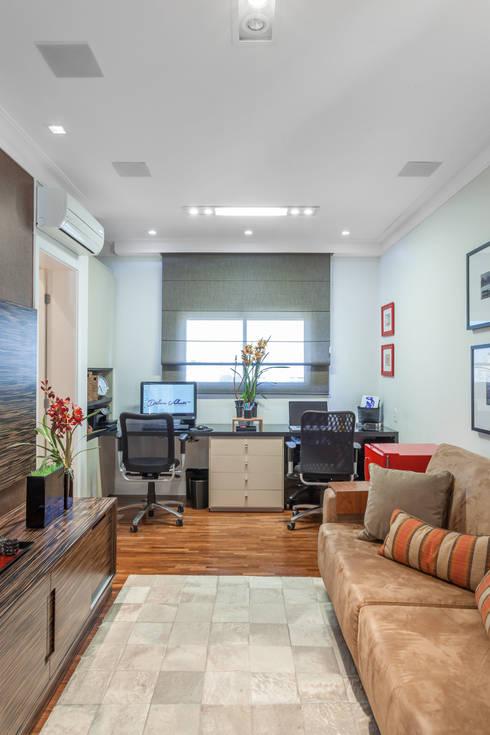 Salas/Recibidores de estilo moderno por Martins Valente Arquitetura e Interiores
