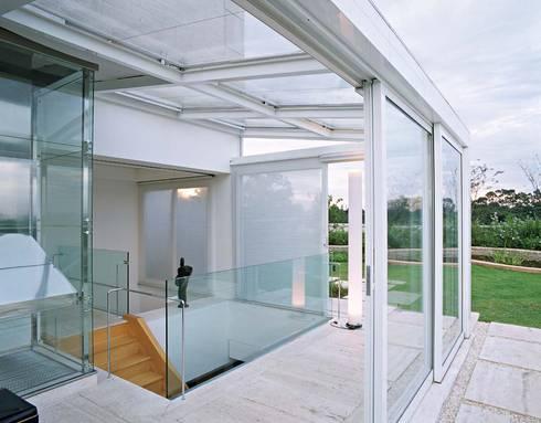 Cobertura Morumbi: Terraços  por Toninho Noronha Arquitetura