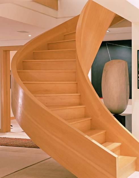 Cobertura Morumbi: Salas de estar modernas por Toninho Noronha Arquitetura