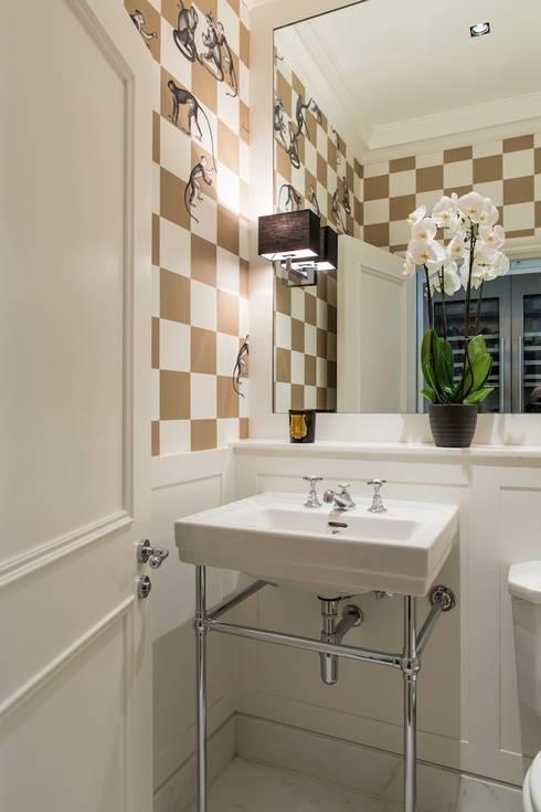 townhouse londres: Banheiros modernos por Toninho Noronha Arquitetura