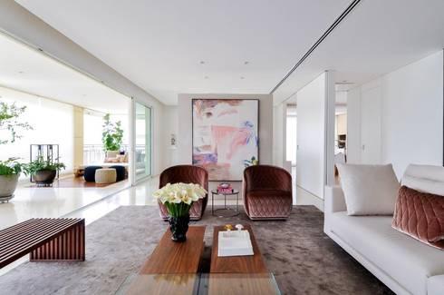 Apartamento Higienópolis: Salas de estar modernas por Toninho Noronha Arquitetura