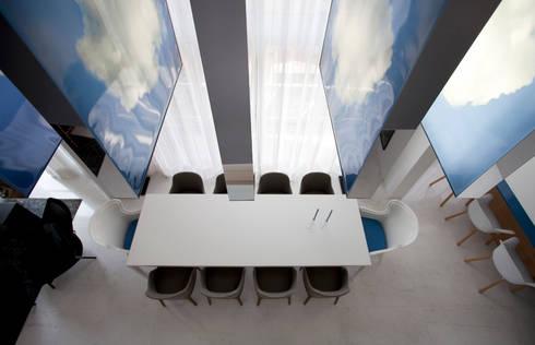 Loft Itaim: Salas de jantar modernas por Toninho Noronha Arquitetura